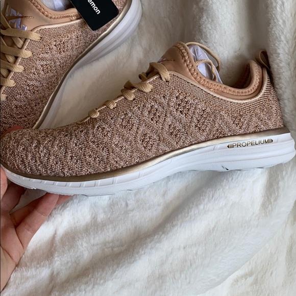 Lululemon Apl Rose Gold Tennis Shoe 6